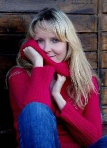 """""""Sama jestem słoikiem"""". O pisaniu, napisaniu i wydaniu książki rozmowa z Magdaleną Żelazowską, uczestniczką warsztatów pisarskich, autorką """"Zachłannych"""", pierwszej polskiej powieści o pokoleniu słoików."""